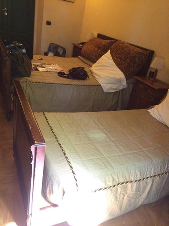 Hotel Giglio: Double bed for three people