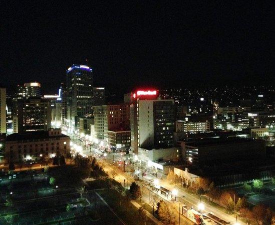 Little America Hotel: Salt Lake After Dark