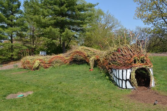 Michigan State University: dragon as part of the children's area in the horticulture garden