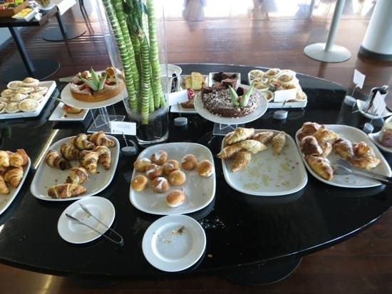 Radisson Blu es. Hotel, Roma: Pastry table