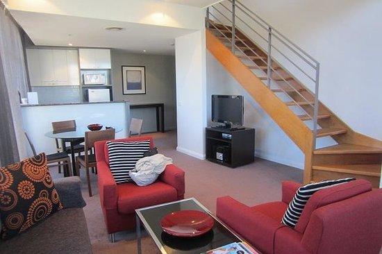 Adina Apartment Hotel Sydney, Central : リビング部分
