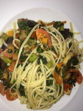 Il Trio : Vegetable pasta