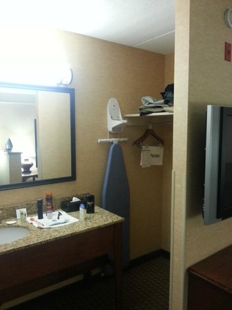 Holiday Inn Express Hotel & Suites Tempe: everything is provided