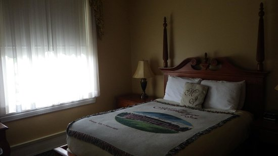 The Mimslyn Inn: Room