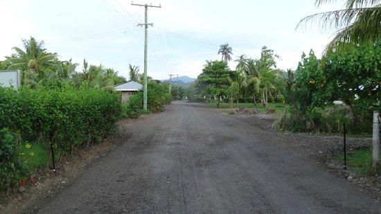 Taumesina Hideaway: Walking into Apia from Taumesina