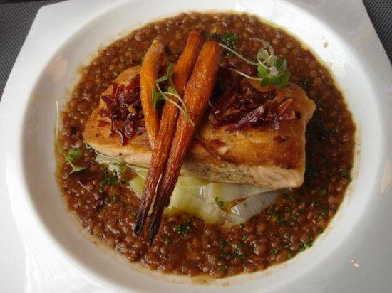 Eloise - Mexico: Salmon with lentils