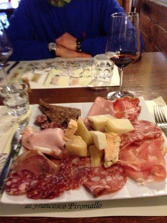 La Bottega dei Portici : Selezione di affettati e formaggi