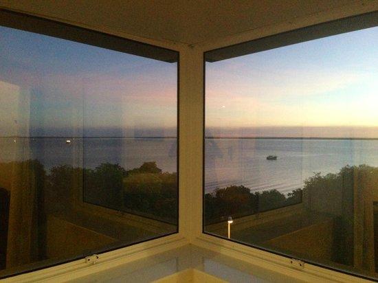 Novotel Darwin Atrium: Bay window view