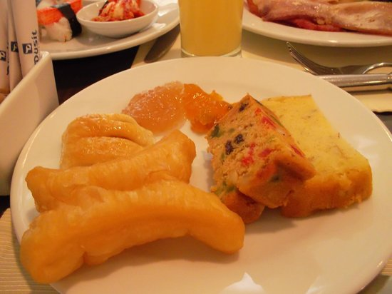 Dusit Thani Pattaya: Breakfast
