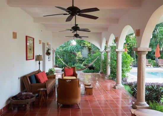 Hotel Posada San Juan: Terraza