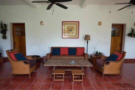 Hotel Posada San Juan: exterior terraza