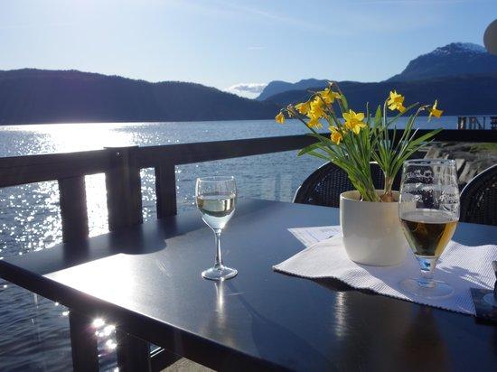 Ryfylke Fjordhotel: Ausblick Gartenrestaurant