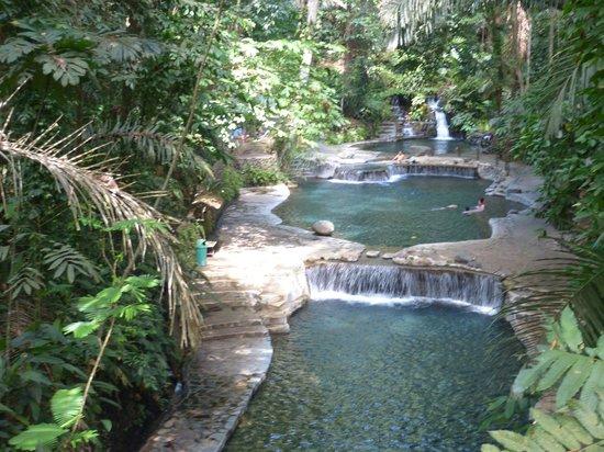 Hidden Valley Springs Resort: natural pools