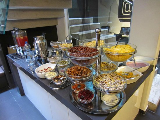Bohem Art Hotel: More breakfast food