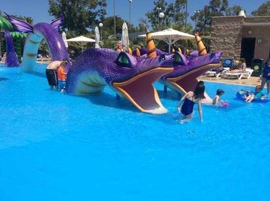 Club MAC Alcudia: dragon pool