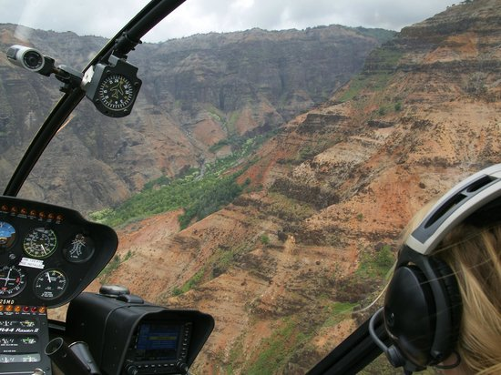 over waimea canyon photo de mauna loa helicopter tours lihue tripadvisor. Black Bedroom Furniture Sets. Home Design Ideas