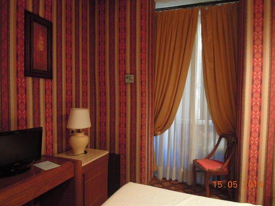 Atlante Garden Hotel: Chambre donnant sur cour