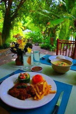 Loma Resort & Spa: Restuarant