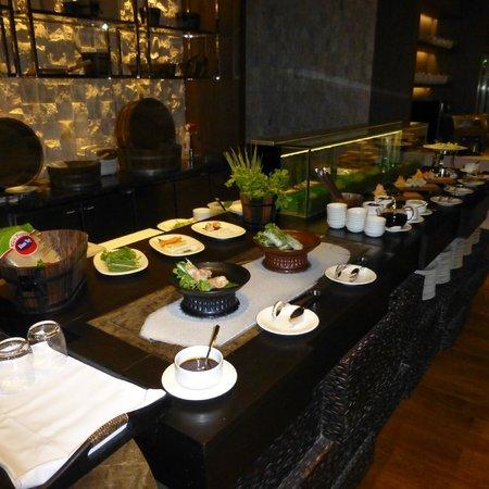 Radisson Blu Plaza Bangkok: Breakfast