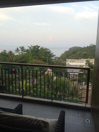 Novotel Phuket Kata Avista Resort and Spa : Our balcony with seaview