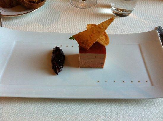 Restaurant L'Opéra : Terrine de foie gras à la gelée de shiso