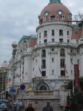 Promenade des Anglais : Здания