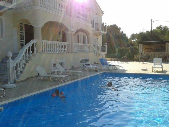 Apollon Palace Hotel Kefalonia: πισινα