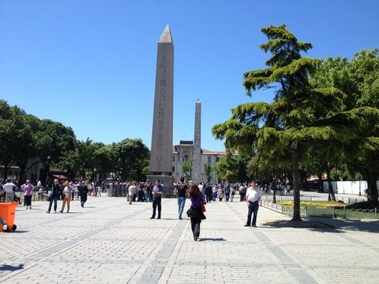 The Obelisk - Picture of Sultanahmet District, Istanbul ...
