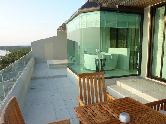 InterContinental Samui Baan Taling Ngam Resort: Our Panoramic Suite Balcony