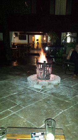 Grand Kruger Lodge: Best time in front of the fire!