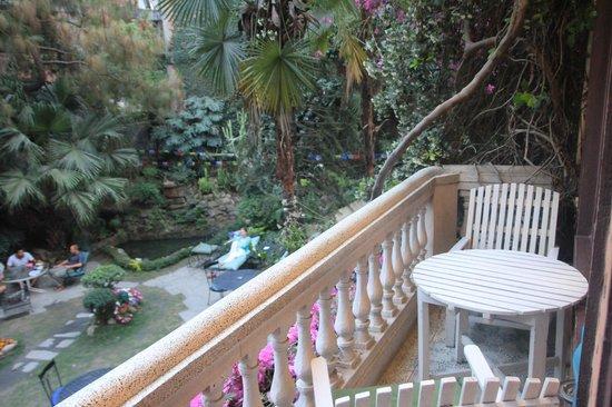 Nirvana Garden Hotel: Balcony