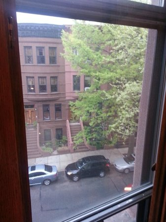 Easyliving-harlem: View from bedroom window to street