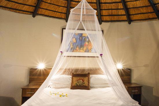 Shangri-La Country Hotel & Spa: Rondavel
