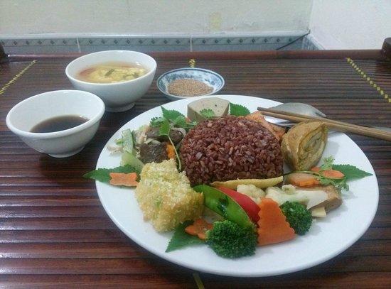 Cơm Chay An Phúc: Red Rice