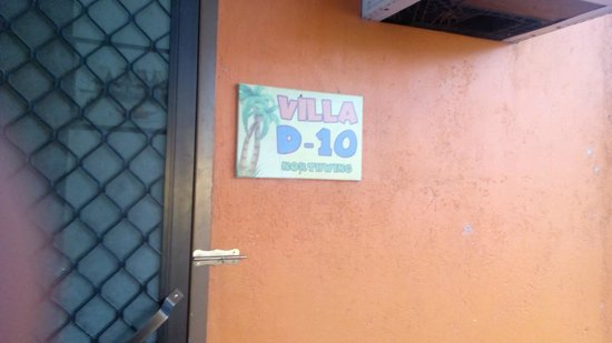 Poracay Resort: Worst Villa; Found inside the cabinet with toilet seat with urine