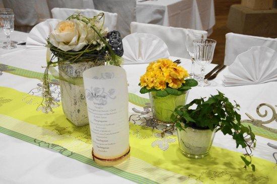 Dekoration bild von burg restaurant steinsberg sinsheim for Alkohol dekoration