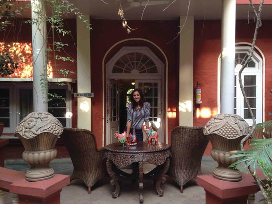Welcome Heritage Ranjit's SVAASA: Outside Verandah seating