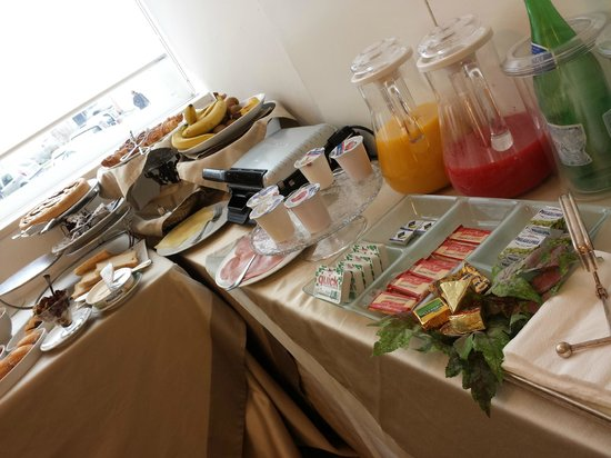 Hotel Palace: Breakfast buffet