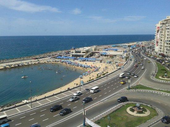 Romance Alexandria Corniche Hotel: View from my room 707