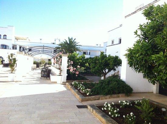 Borgobianco Resort & Spa Mgallery By Sofitel: Patio