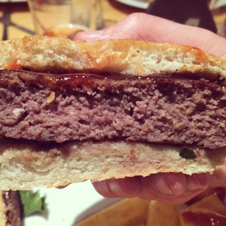 The Heights Bar & Kitchen: Processed burger