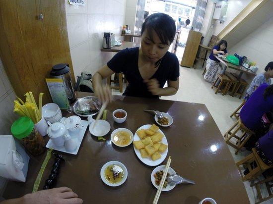 999 Shan Noodle House: Fried Tofu