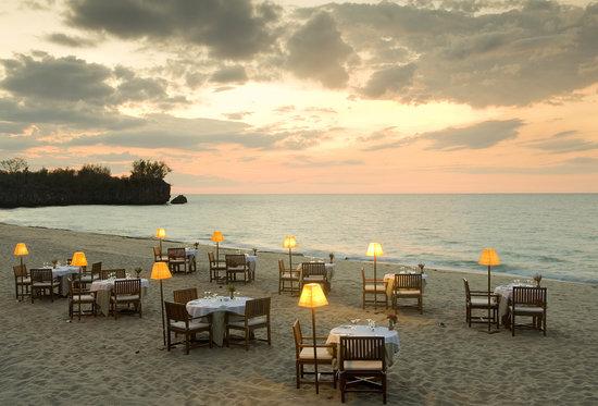Anjajavy, Madagascar: Diner sur la plage