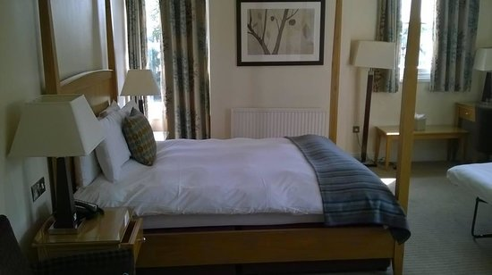 The Thames Riviera Hotel: Bed