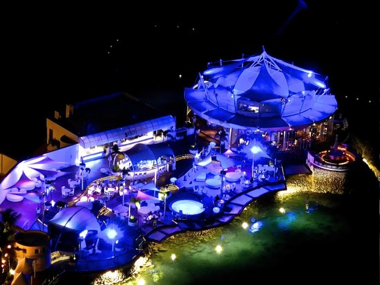 Movenpick Hotel Mactan Island Cebu Ibiza Beach Club