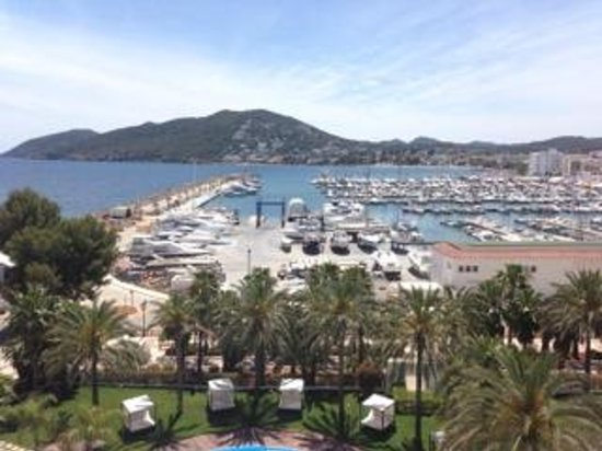 Aguas de Ibiza: Directly across from the hotel the marina