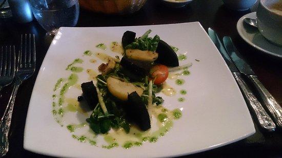 The Grange at St Andrews: Black pudding and caramelized apple salad