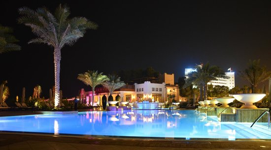 Ajman Saray, A Luxury Collection Resort: Pool night view