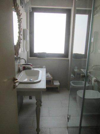 Acquamarina Hotel: Bathroom 107