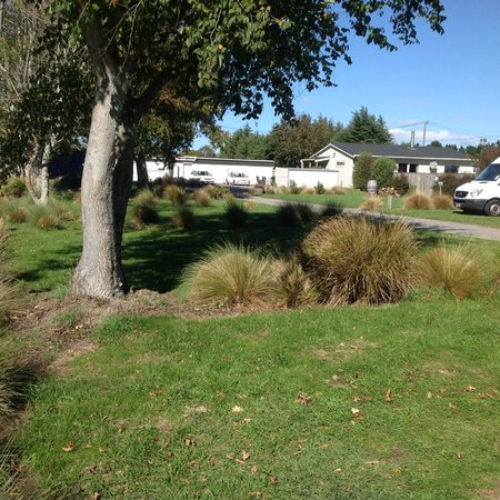 Martinborough TOP 10 Holiday Park: Powered & Unpowered Sites
